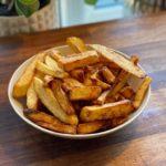 hjemmelavede pomfritter i friture